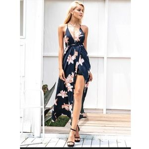 Dresses & Skirts - Floral Lace-Up Halter Maxi Dress